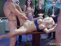 Sweet blonde secretary Courtney Taylor roughly big round balloons and