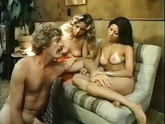 Vintage porn threesome with an Asian babe